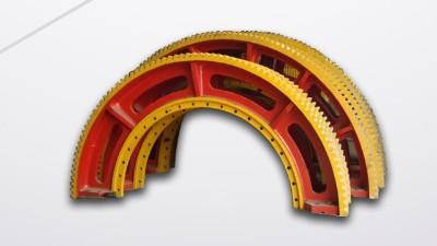 大齿轮生产厂家高效加工大型齿轮