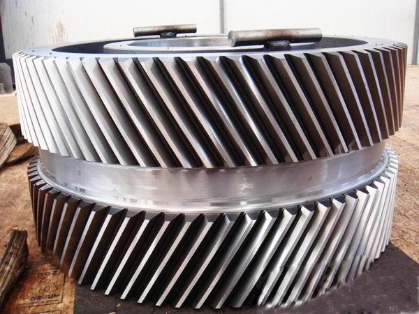 大型铸钢件厂家腾飞铸钢生茶大齿轮