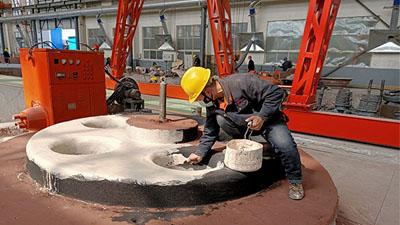 大型铸钢件厂家为什么用翻砂造型?