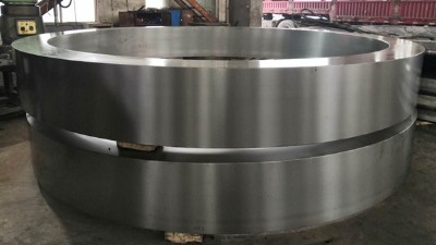 大型铸钢件厂家加工产品