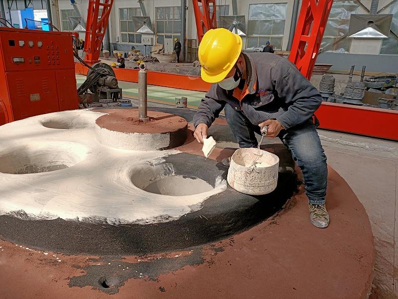 大型铸钢件生产过程