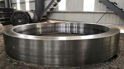 随着深入发展,铸钢件加工行业已形成多元化格局